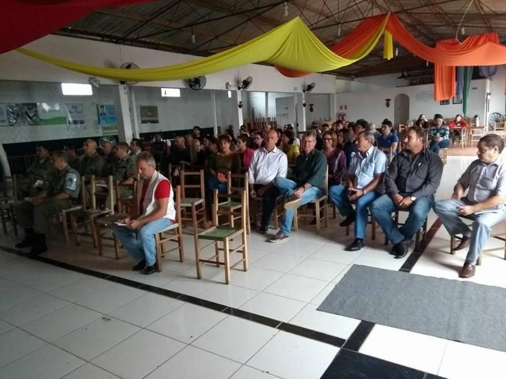 Vereadores participam de reunião do Corede