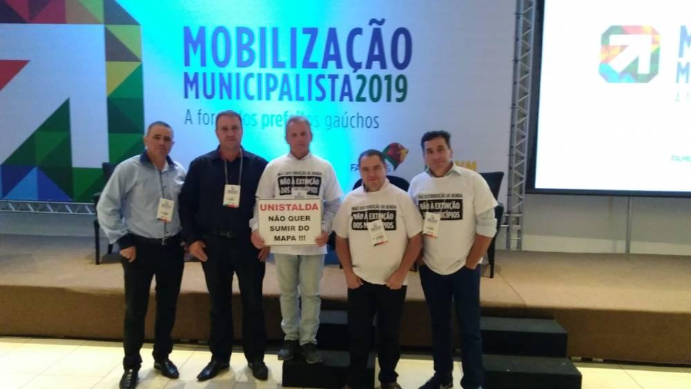Vereadores estão em Porto Alegre em mobilização em defesa de Unistalda